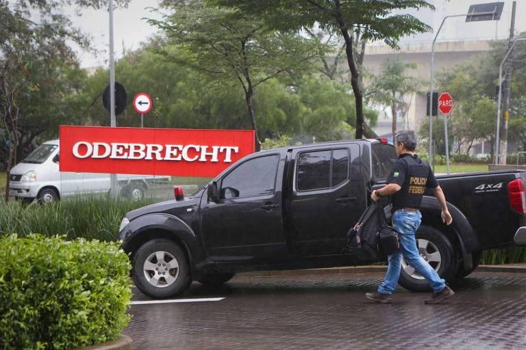 Polícia Federal na sede da Odebrecht em junho de 2015