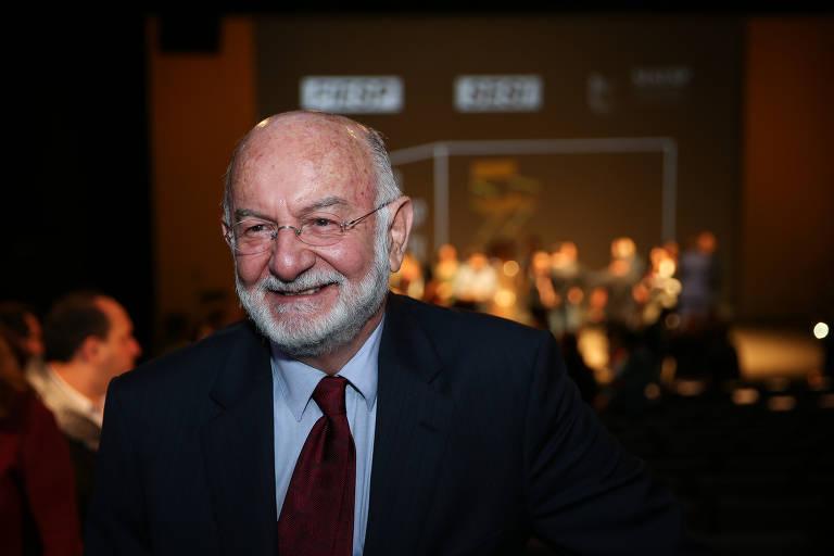 Silvio de Abreu, chefe do núcleo de teledramaturgia da Globo