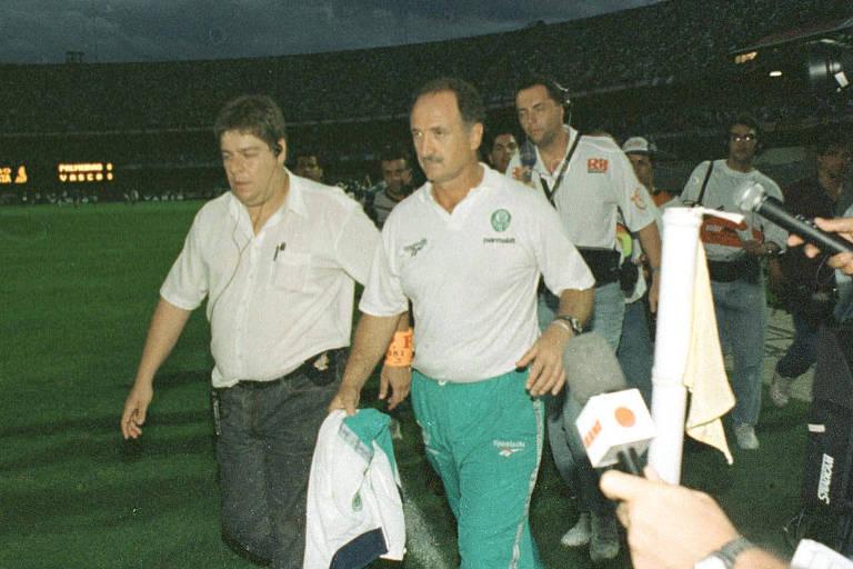 Ex-jogador substituiu homem de confiança de Luiz Felipe Scolari - 23 02 2019  - Esporte - Folha 4f07a0cd92812