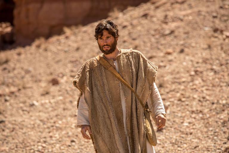 Jesus caminha no deserto