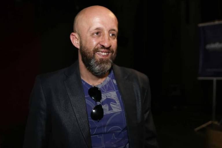 O escritor Fabrício Carpinejar