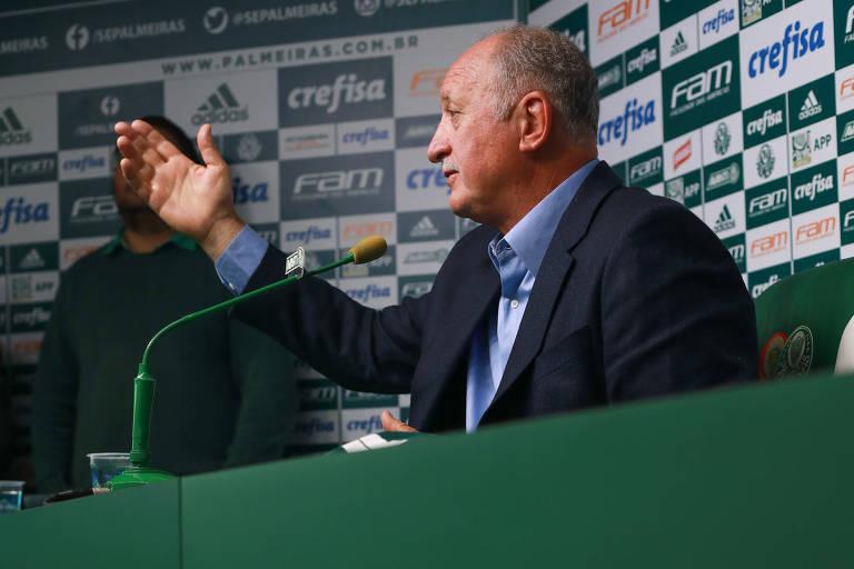 Felipão se apresenta ao Palmeiras na Academia de Futebol, em São Paulo