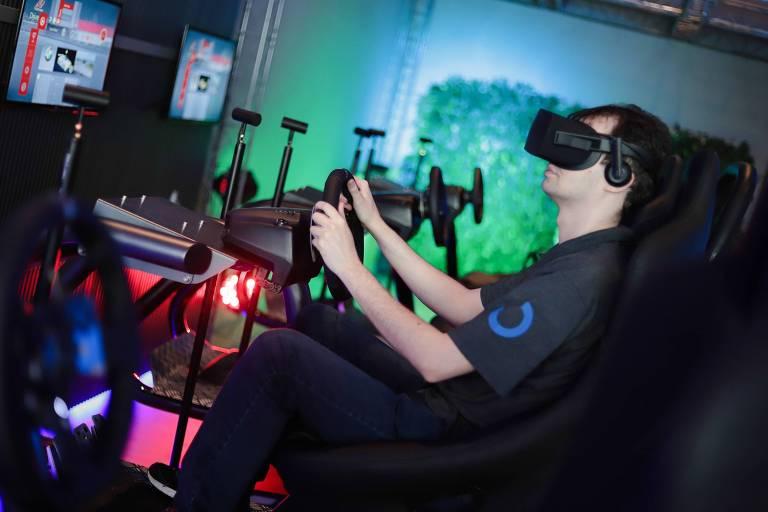 Voyager, casa de imersão em realidade virtual no shopping JK Iguatemi
