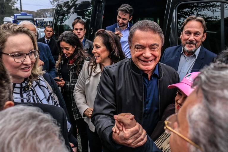 Álvaro Dias chega à Convenção Nacional do Podemos, em Curitiba, para o lançamento de sua candidatura à presidência