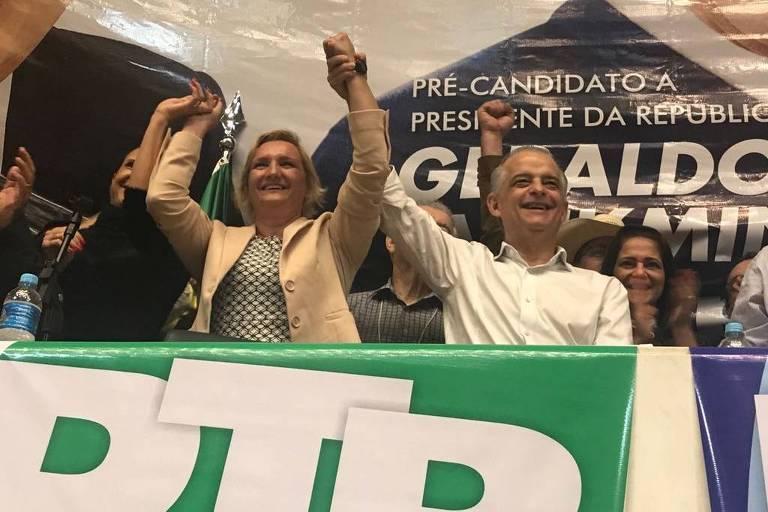 A PM Eliane Nikoluk e o governador Márcio França, candidato à reeleição, em convenção do PTB