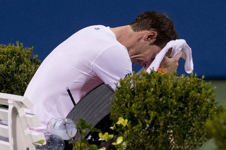 Choro de Andy Murray na quadra deserta é dele, não para mídia