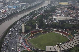 ***ESPECIAL Descubra Sao Paulo.*** Sobrevoo de helicoptero em Sao Paulo por 297,00 reais com duracao de 17 minutos pela empresa VOOM saindo do Campo de Marte. Vista aera da regiao do        durante trajeto