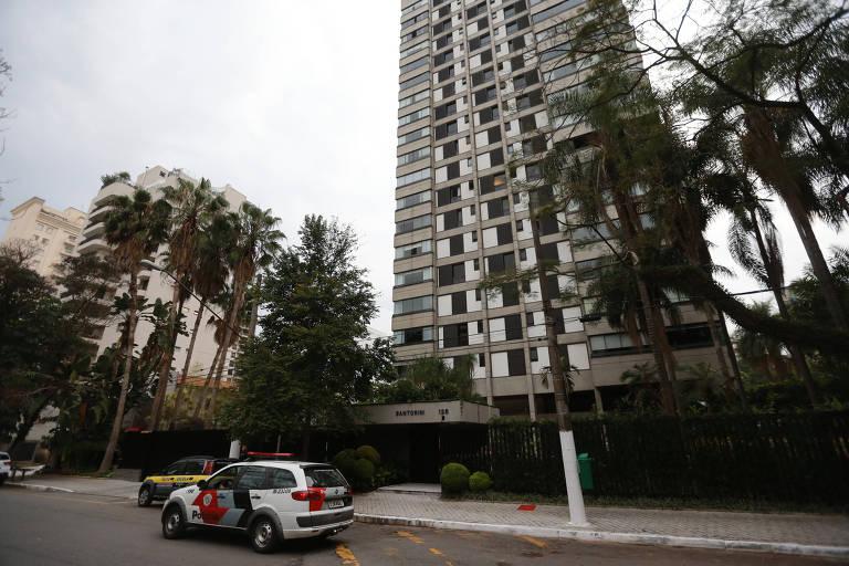 Fachada do condomínio, em Vila Nova Conceição, na zona sul, onde o filho é o principal suspeito de matar o pai