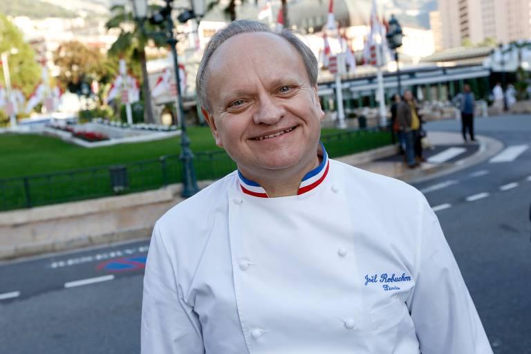 Joël Robuchon posa para foto em novembro de 2012