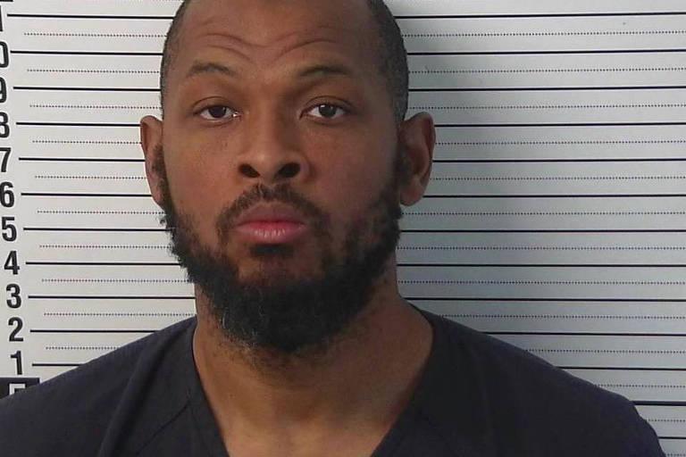 O suspeito detido, Siraj Wahhaj que era procurado por suspeita de ter raptado o filho de três anos