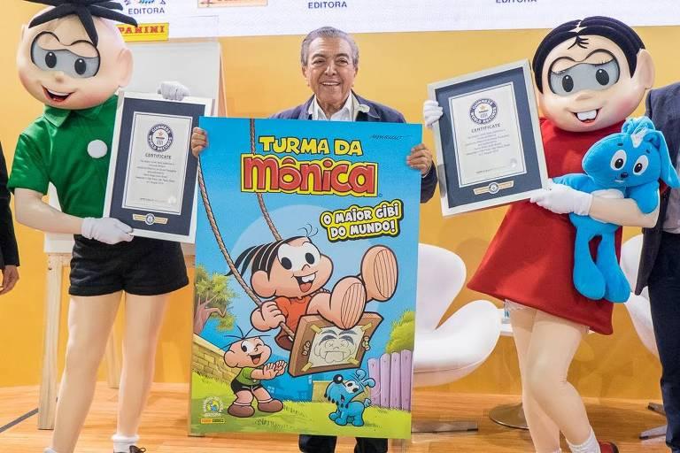 Lançamento do maior gibi do mundo, da Turma da Mônica, na 25ª Bienal Internacional do Livro de São Paulo