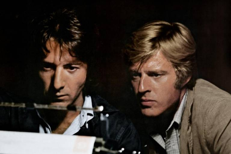 """Dustin Hoffman e Robert Redford em cena do filme """"Todos os Homens do Presidente"""""""