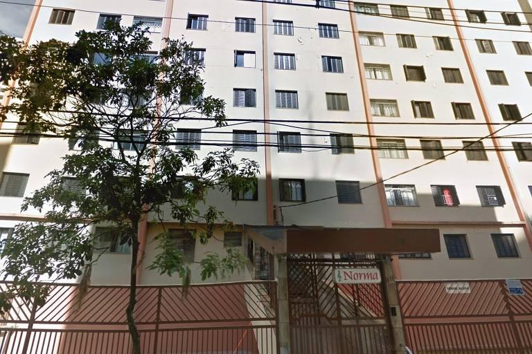 Fachada do edifício Norma, na Vila Mariana, antes dos abalos na estrutura
