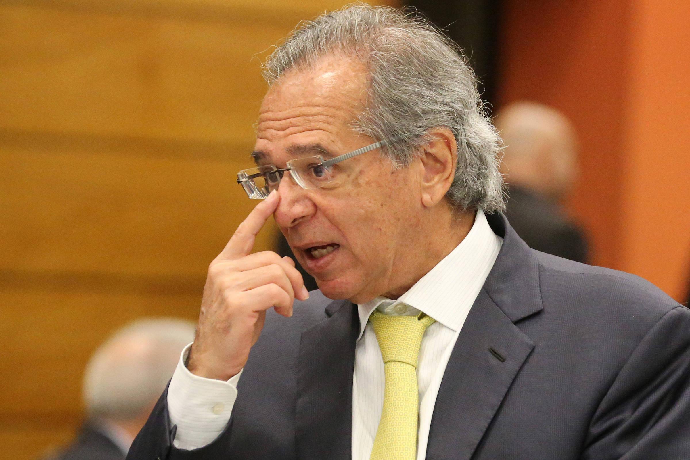 Paulo Guedes Se Beneficiou Com Fraude De Corretora Afirma Juiz  Mercado Folha