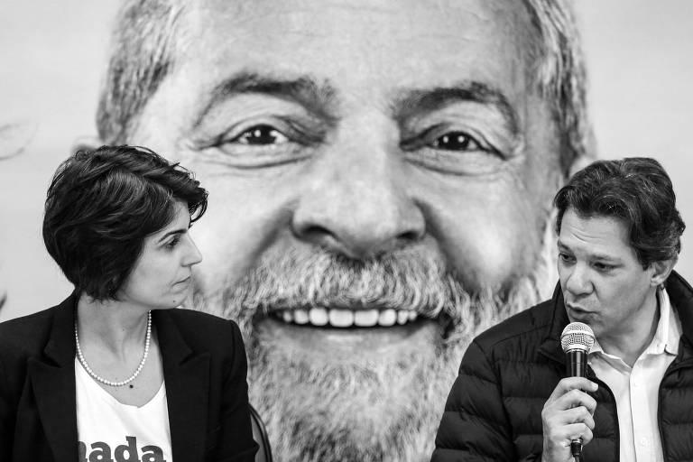 Manuela D'Ávila (PC do B) e Fernando Haddad (PT), em São Paulo