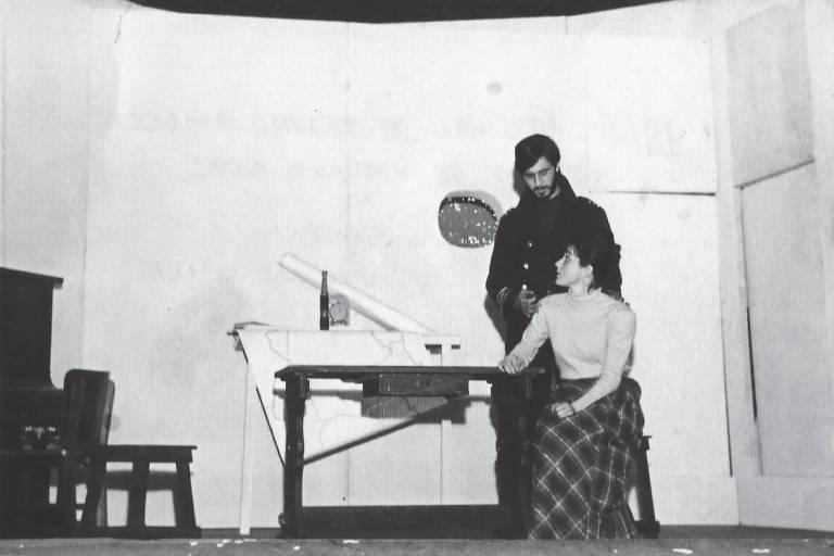 """Antonio Fagundes no espetáculo """"Atlantic's Queen"""", em 1965, no Festival de Teatro Amador – SP, no qual obteve o prêmio de melhor ator"""