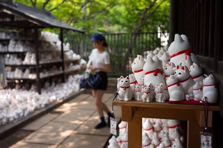 Templo de 'gatos da sorte' em Tóquio