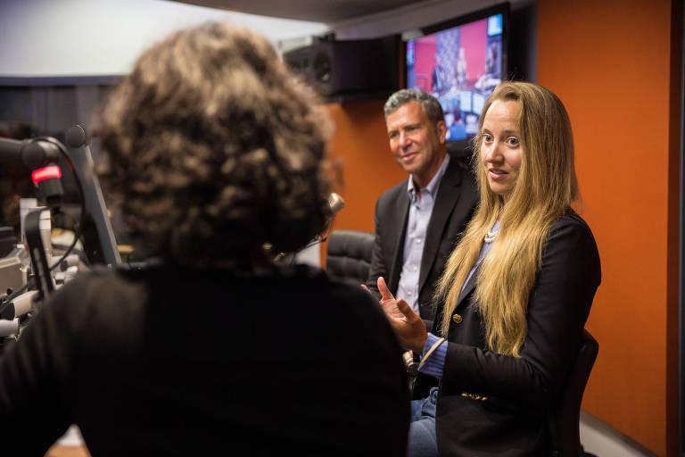 Jeffrey Sharlach, presidente do JeffreyGroup, e Allison Mann, diretora de pesquisa na série 'Mad Men'