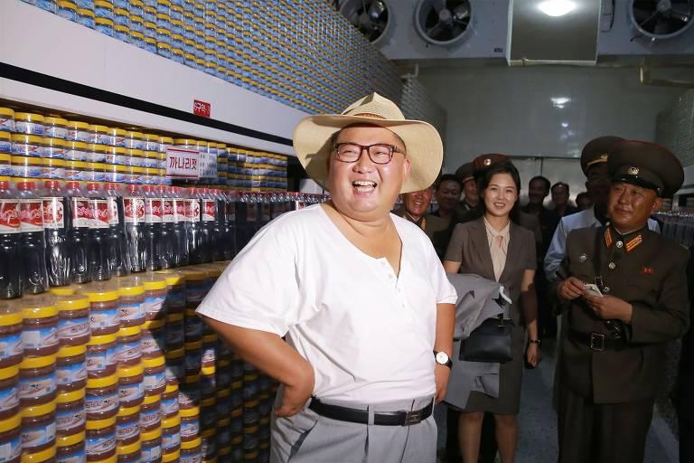 Coreia do Norte divulga imagens insólitas do ditador Kim Jong-un