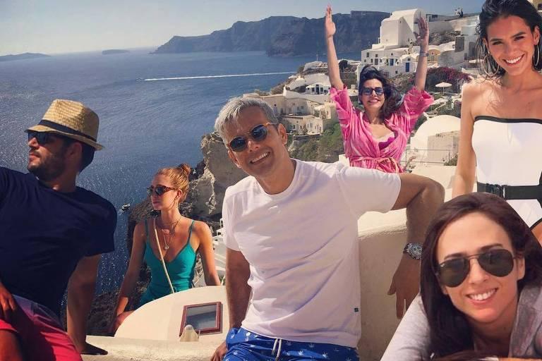Otaviano Costa também fez um meme com a viagem para a Grécia
