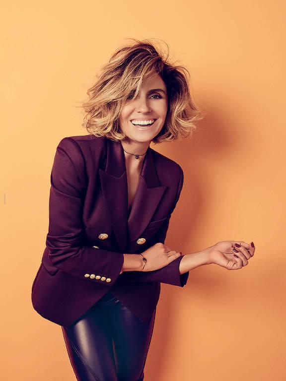 Giovanna Antonelli é capa da edição de Agosto da revista JP