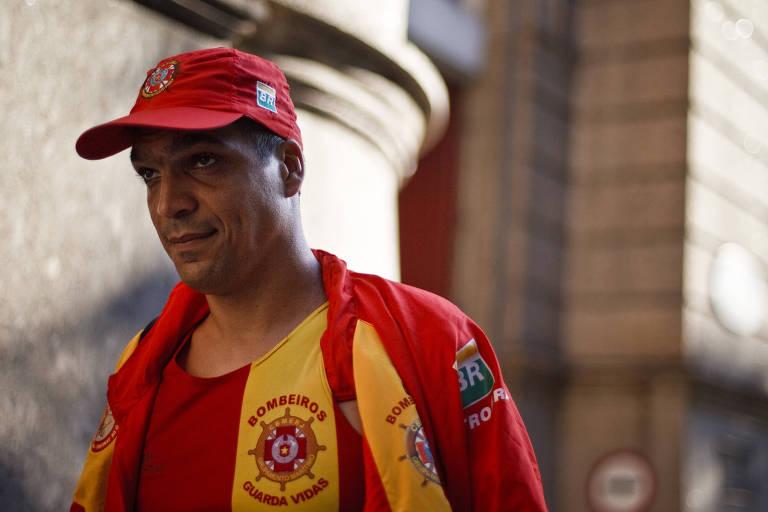 O cabo Benevenuto Daciolo, no quartel do Corpo de Bombeiros, no Rio de Janeiro, meses após movimento da categoria