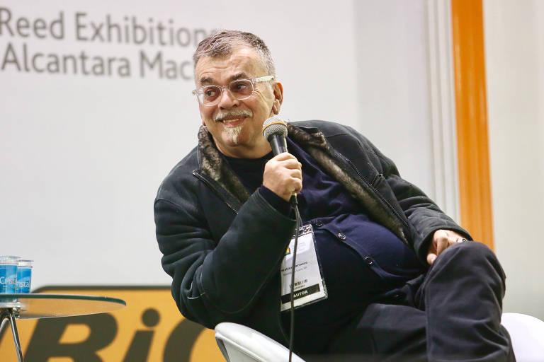 Escritor Walcyr Carrasco participa de bate papo na Bienal Internacional do Livro de São Paulo