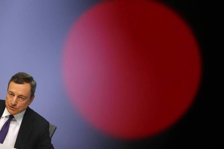 O presidente do Banco Central Europeu, Mario Draghi, durante entrevista em Frankfurt
