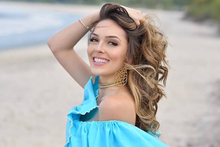 Virei o jogo quando olhei pra mim mesma, diz Miss Brasil Mundo que passa faixa neste sábado