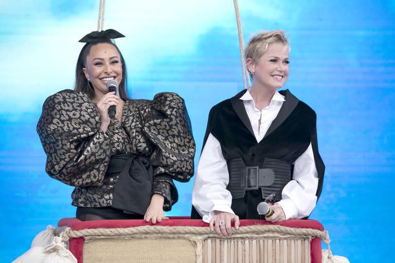Xuxa Meneghel durante a sua participação no 'Programa da Sabrina', na Record