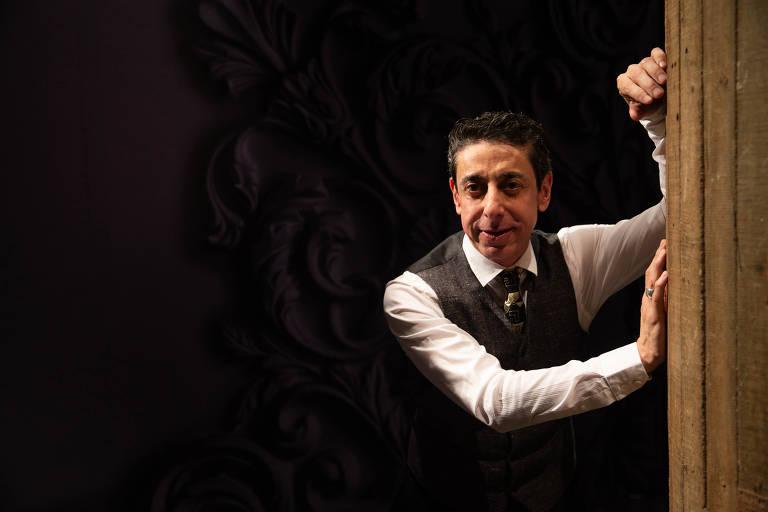O diretor do espetáculo, Cassio Scapin