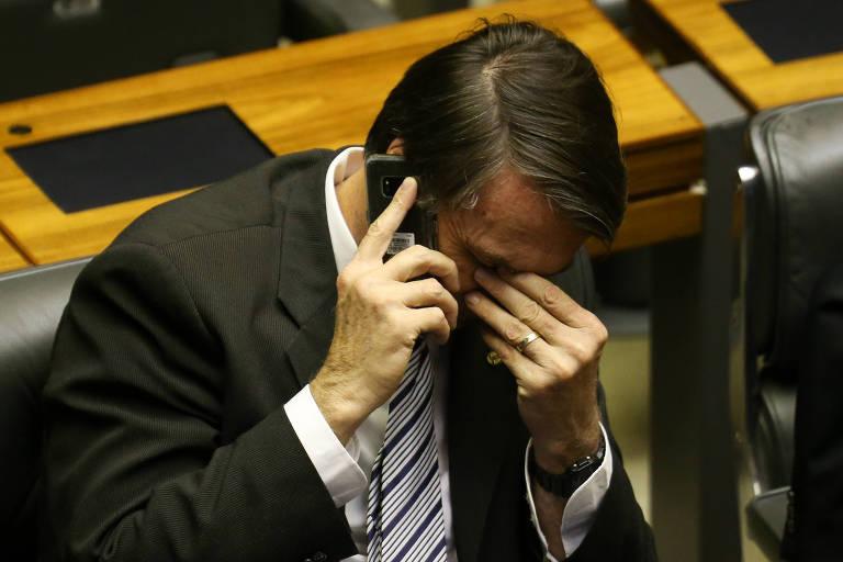 O candidato à Presidência Jair Bolsonaro (PSL) no Plenário da Câmara dos Deputados nesta segunda (13)