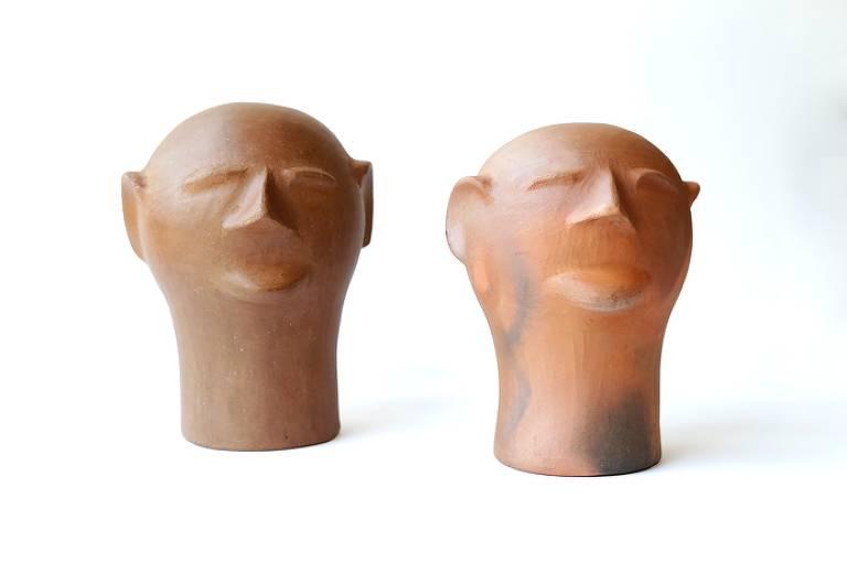 cabeças de cerâmica moldadas por Cida Lima, artesanato brasileiro, à venda na loja do MASP