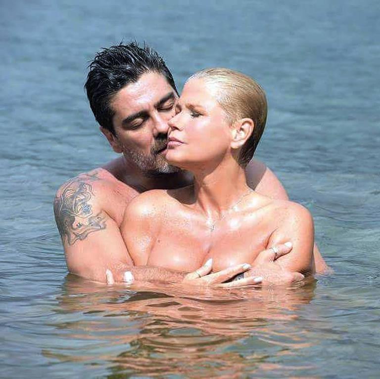 Imagens do casal  Xuxa Meneghel e Junno