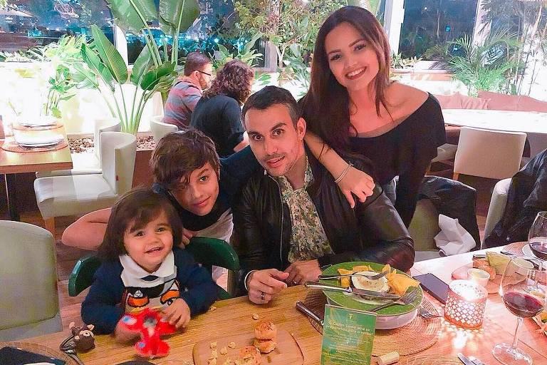 Mico Freitas e Suzanna Freitas são oficialmente pai e filha