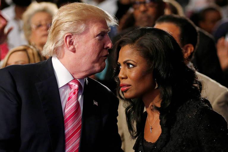 Donald Trump e Omarosa Manigault durante campanha presidencial americana