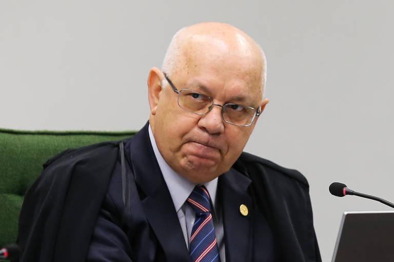O ex-ministro do STF Teori Zavascki, em sessão em 2015