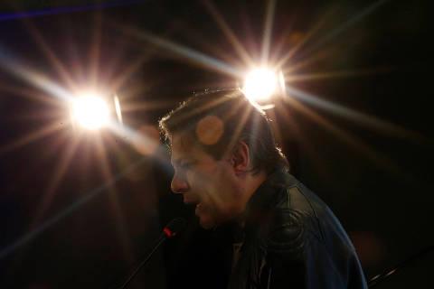 PT dá a vice Haddad estrutura de campanha de candidato a presidente