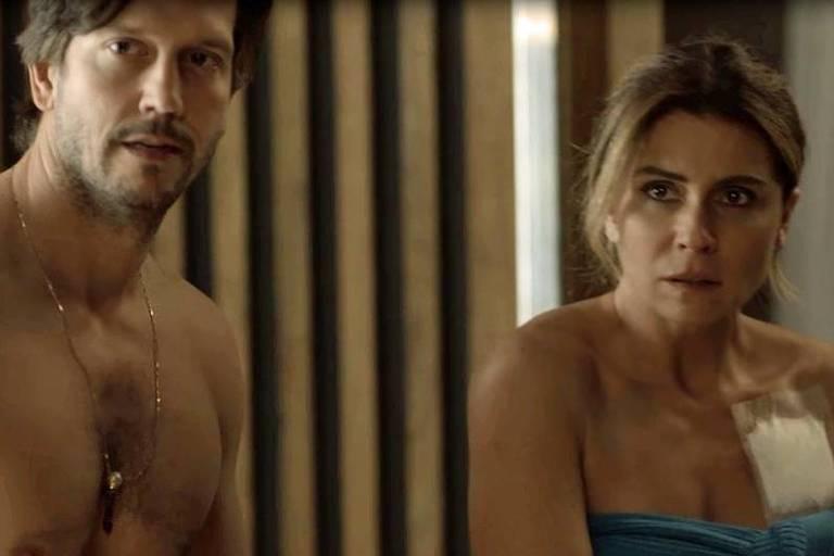 Beto flagra Luzia e Remy em roupas íntimas em 'Segundo Sol'