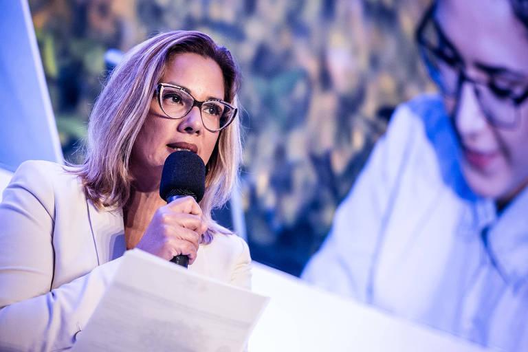Gianna Sagazio durante seminário da Folha em março