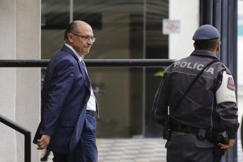 Alckmin presta depoimento sobre suposto caixa dois da Odebrecht