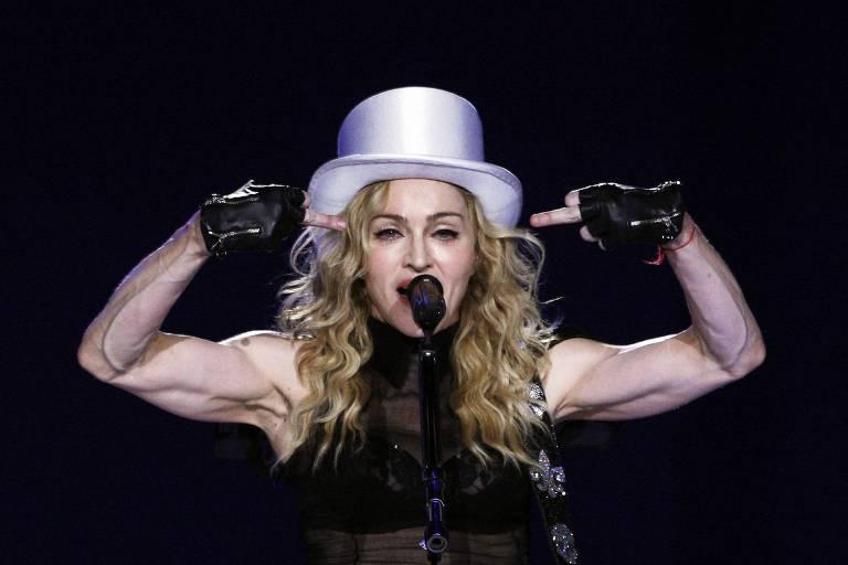 A cantora Madonna durante show em Londres, em 2009