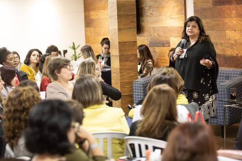 Luiza Trajano lidera debate sobre pauta feminina com presidenciáveis