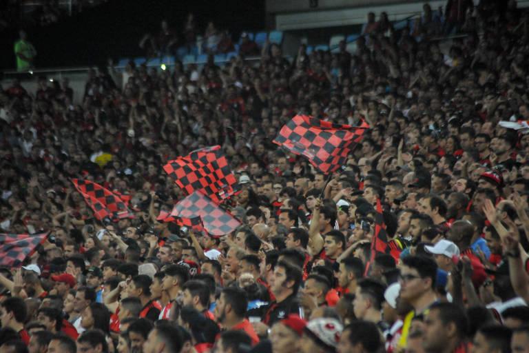 Torcida do Flamengo na partida de quarta (15) contra o Grêmio pela Copa do Brasil, no Maracanã
