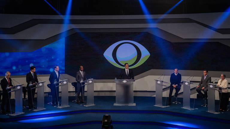 Candidatos durante debate ao governo de São Paulo na Band