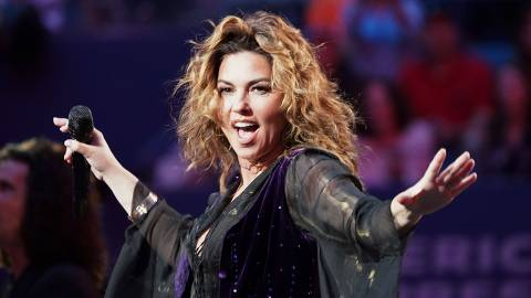 Shania Twain performs at the opening ceremony of the 2017 US Open Tennis Tournament August 28, 2017 in New York.  / AFP PHOTO / DON EMMERT
