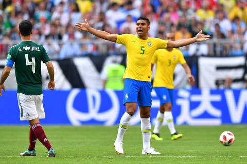 Soccer Football - World Cup - Round of 16 - Brazil vs Mexico - Samara Arena, Samara, Russia - July 2, 2018  Brazil's Casemiro reacts during the match   REUTERS/Dylan Martinez ORG XMIT: AI