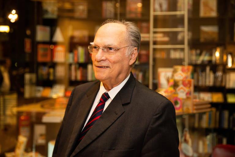 Roberto Freire (Cidadania) em lançamento de livro em São Paulo