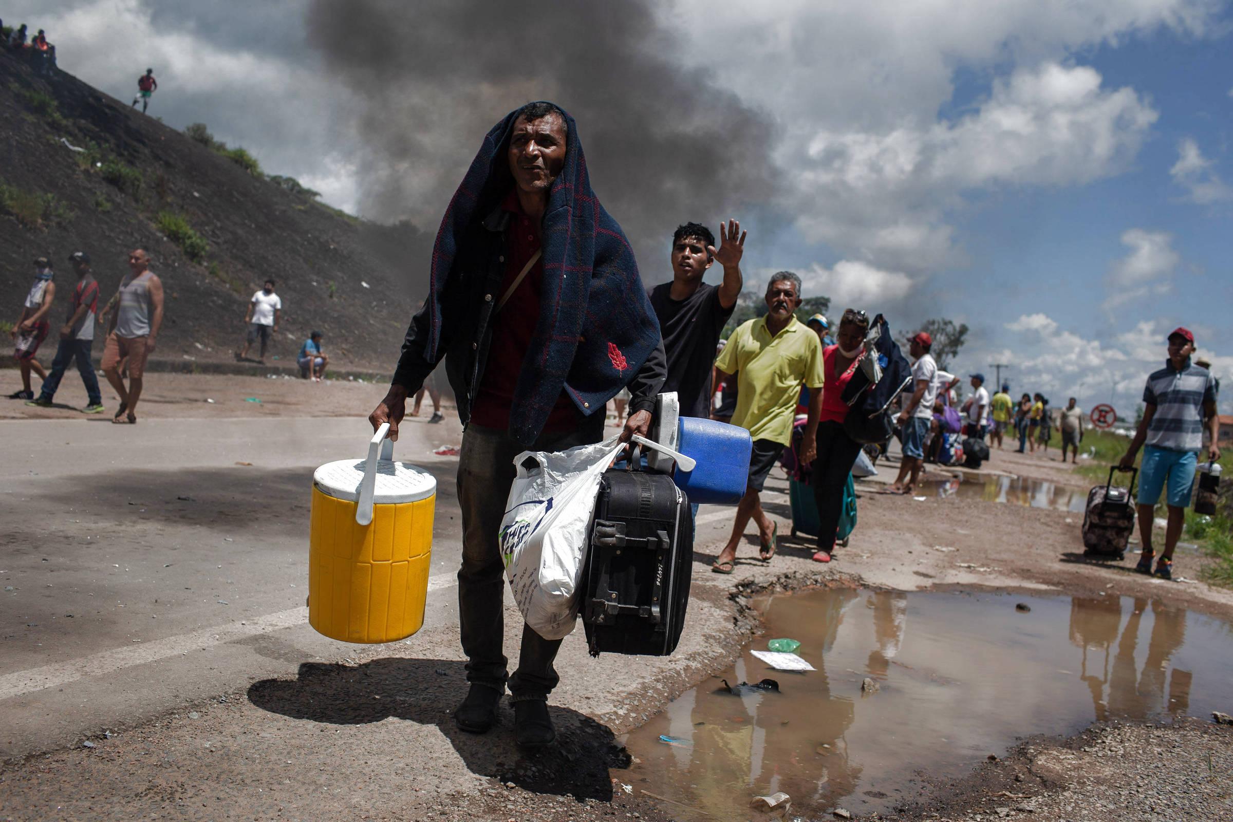 Venezuela pede ao Brasil que proteja imigrantes em Roraima