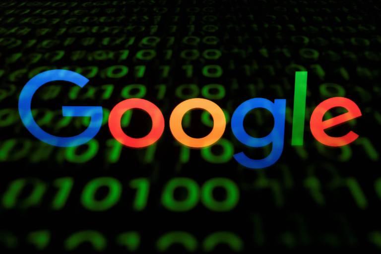 Logo do Google em fundo preto
